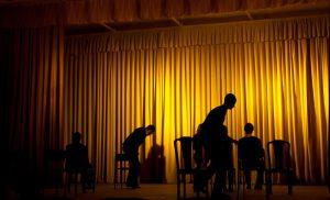 Comédiens en représentation